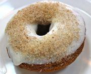 Cinnamon Bun - Duck Donuts