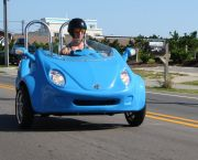 Cruise Cool in a Scoot Coupe - Enjoy the Ride Outer Banks Rentals