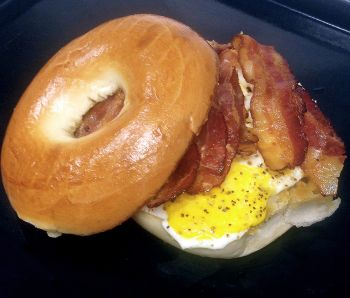 Wee Winks Market Duck NC, Egg & Cheese Bagel, Croissant or Toast