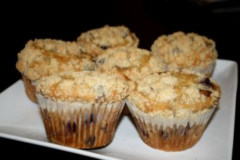 Sweet T's Coffee, Beer & Wine, Homemade Blueberry Muffins
