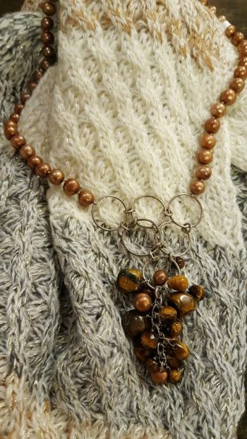 Lady Victorian Duck NC Fashion, Statement Necklaces and Jewelry